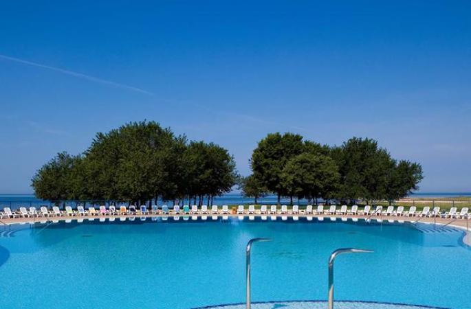 Sol Katoro Resort