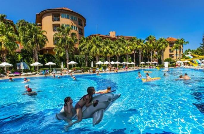 Maxholiday Hotels Stone Palace
