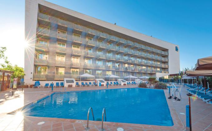 Tryp Port Cambrils