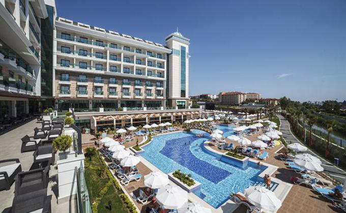 Hotel Luna Blanca Resort & Spa