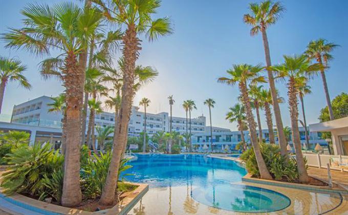 Tsokkos The Dome Beach Hotel & Resort