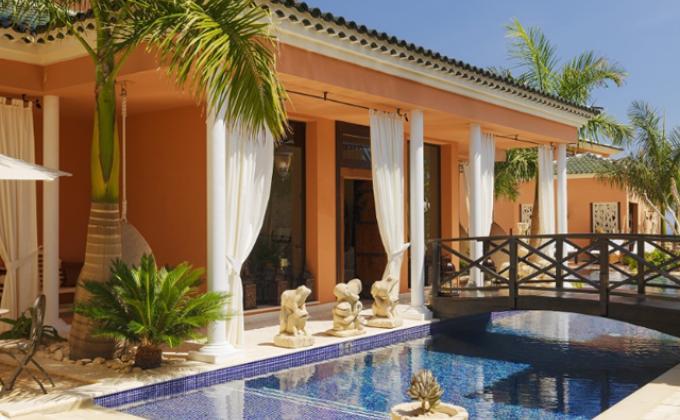 Hotel Royal Garden Villas & Spa