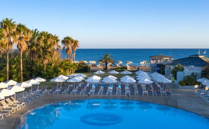 Hotel Minos Mare Beach