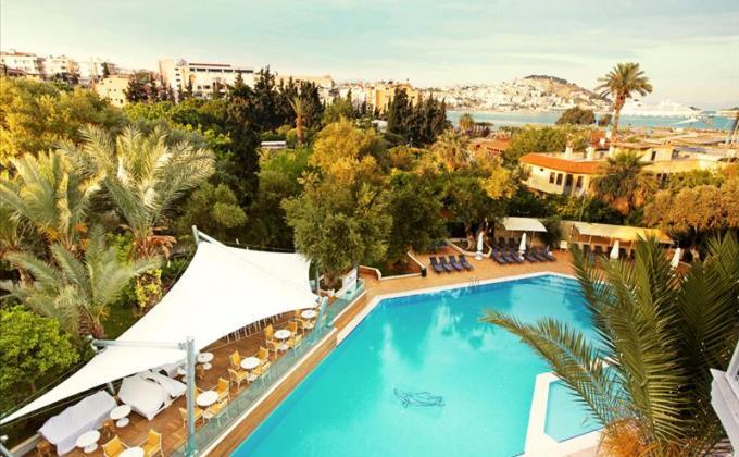 SENTIDO Marina Suites managed by PALOMA