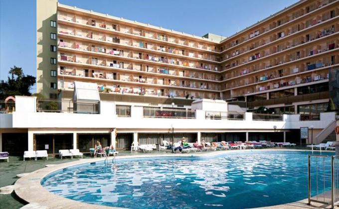 Hotel H-TOP Casino Royal