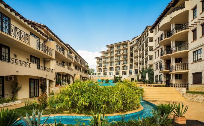 The Cliff Beach Resort&Spa