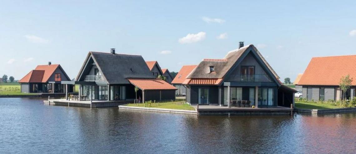 Huur een villa aan het water bij Roompot