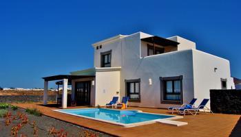 Villa's Coral Deluxe (incl. huurauto)