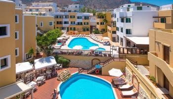 Elmi Suites Beach hotel