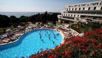 Hotel Laguna Delfin