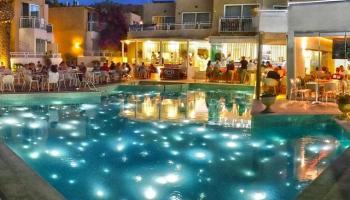 Hotel Nefeli - logies en ontbijt