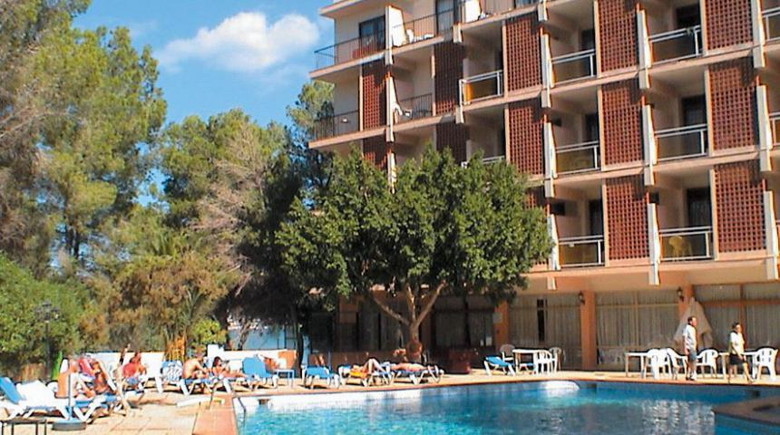 Els Pins Resort & Spa