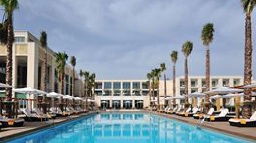 Hotel Tivoli Victória- inclusief privétransfer