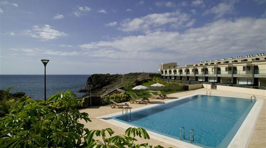 Sun Bay Villas (incl. huurauto)