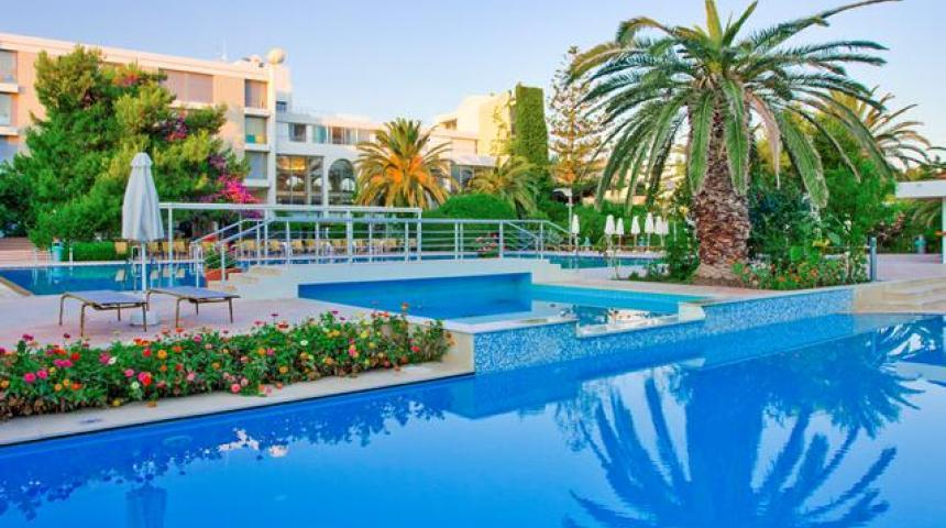 Hotel & Bungalows Caravia Beach